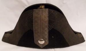 Rakousko-uherský úřednický klobouk.